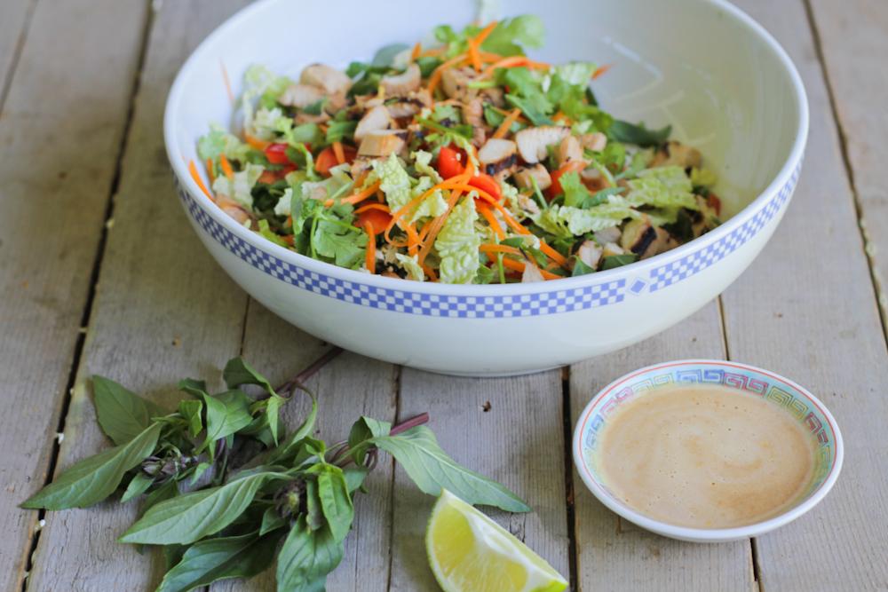 Comfy Belly: Thai Chicken Salad