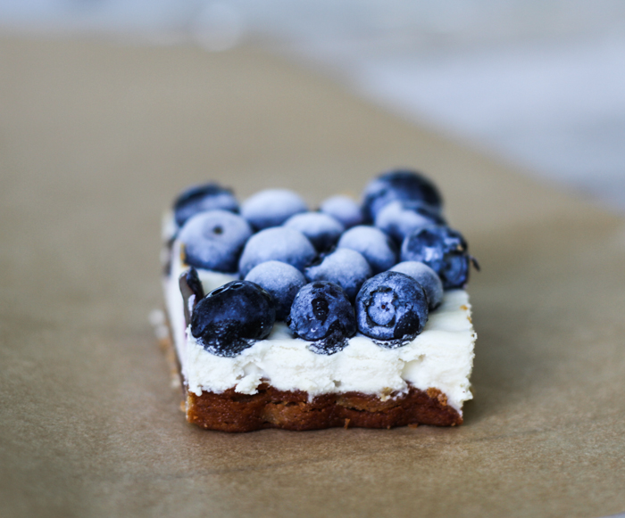 Blueberry Cheesecake Bars - Comfy Belly